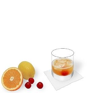 Amaretto Sour im Whisky-Glas, die übliche Art diesen leckeren Sour zu servieren.