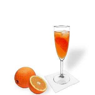Aperol Spritz ist ein leichtes und bitteres Getränk das bei einem breitem Publikum anklang findet.