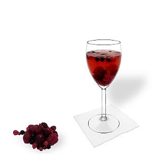 Alle Weingläser eignen sich hervorragend für eine Beerenbowle.