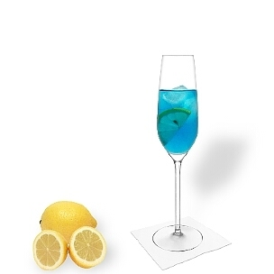 Alle Champagnergläser eignen sich für Blauen Champagner.