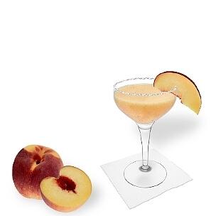 Eine weitere großartige Option für Pfirsich Margarita, eine Cocktailschale.