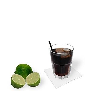 Strohhalme und Rührstäbchen passen ganz gut zu Rum-Cola, sind aber eher ungewöhnlich.